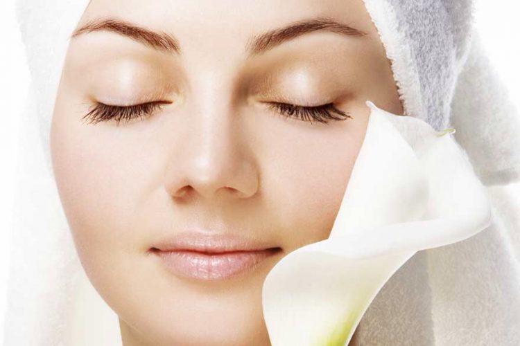अपने चेहरे की त्वचा को कोमल और मुलायम करें इन आसान से उपायों से